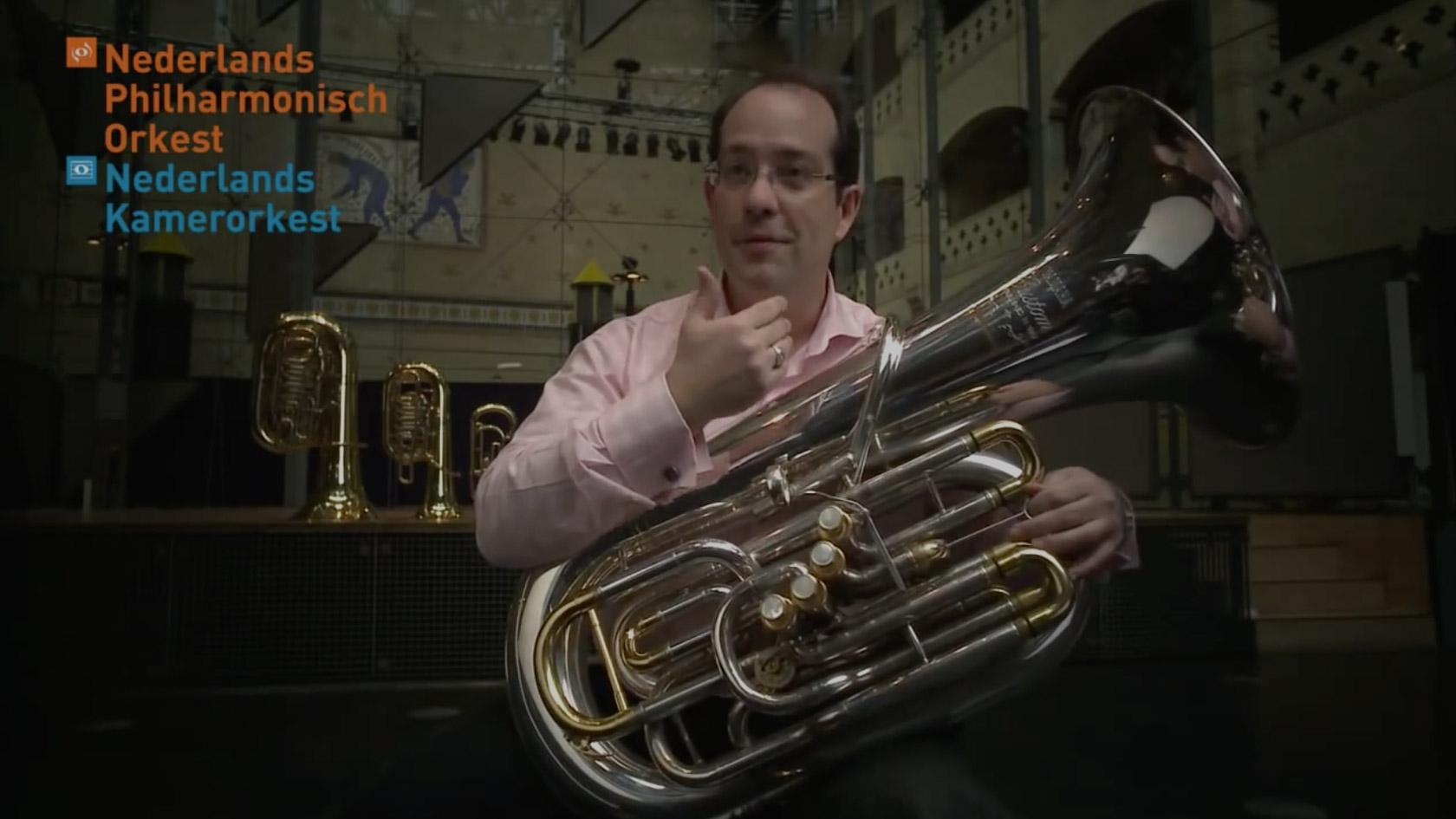 Video Dave Kutz - Tuba